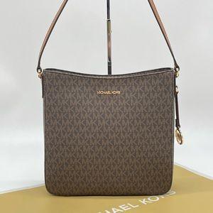 Michael Kors Large Messenger Bag Brown